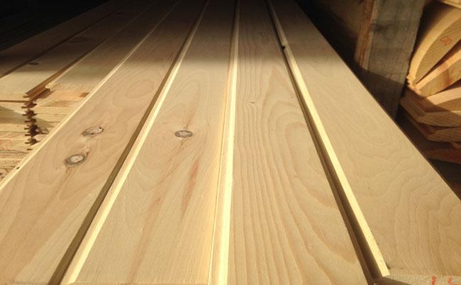 gỗ thông công nghiệp
