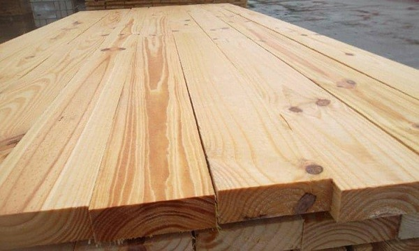 so sánh gỗ cao su và gỗ thông