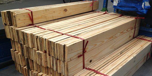 giá gỗ thông nhập khẩu