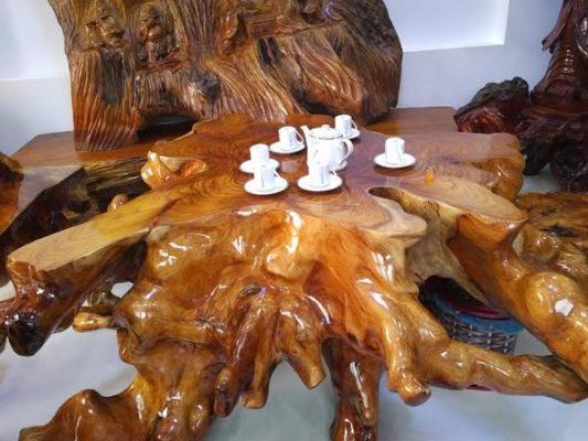 Mẫu bàn ghế gốc cây đẹp