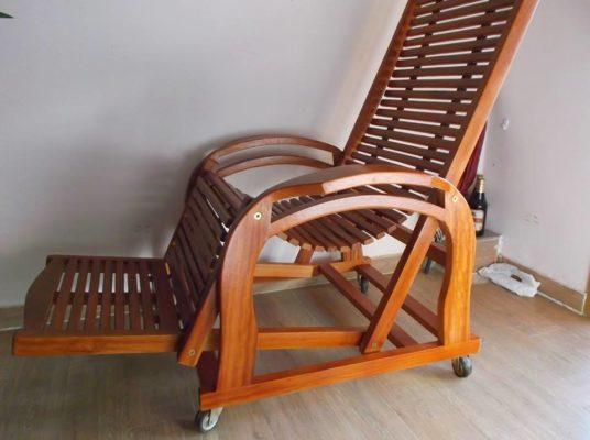 Ghế bố bằng gỗ
